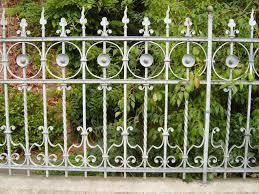 Változatos kerítések